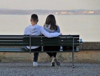 Praca za granicą dla par – dlaczego warto wyjechać razem?